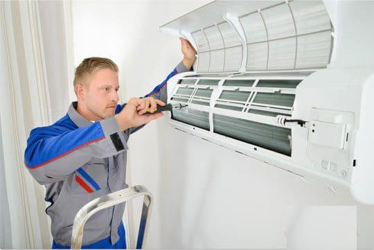 Thợ sửa máy lạnh chuyên nghiệp tại TP Hồ Chí Minh