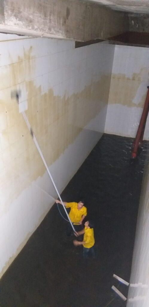 Vệ sinh bể nước ngầm Bình Tân