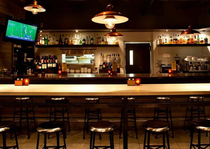 Dịch vụ lắp đặt đèn led quầy bar