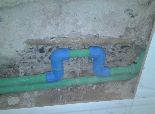 thợ sửa ống nước nóng quận 10